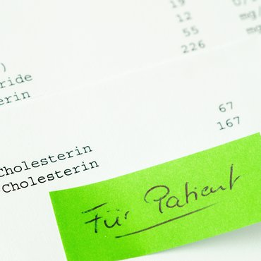 Cholesterin: Was bedeuten zu hohe Werte? | © © Getty Images/Imagesines